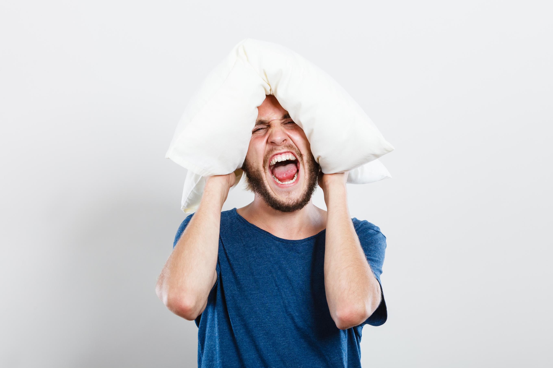 סובלים מנחירות או מדום נשימה בזמן השינה? יש לנו פתרון