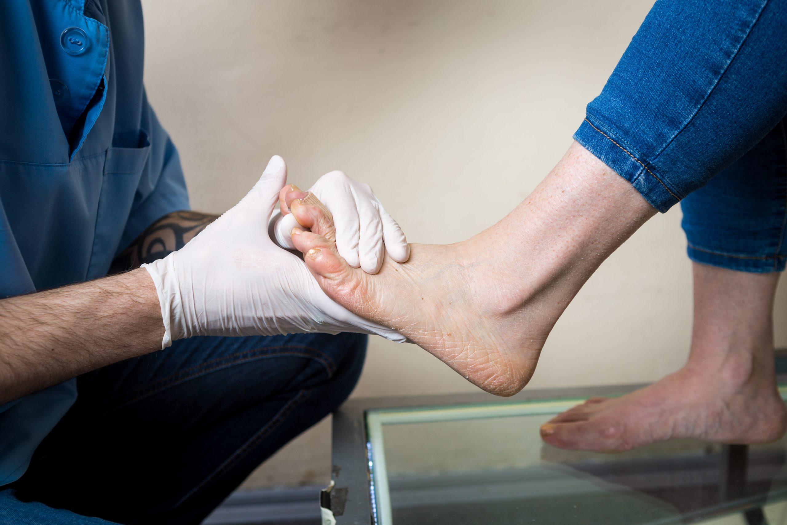 אומרים די לכאבי הגב והרגליים- בדיקת התאמה למדרסים במחיר אטרקטיבי!